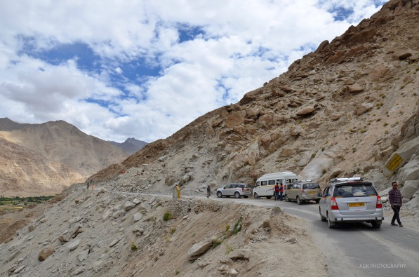 Leh-Pangong Lake Road blocked for repairing