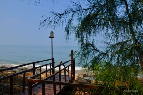 Bridge to the beach, 36 palms boutique retreat